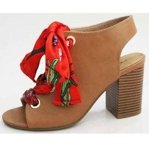 Shoes - 🆕️5🌟Peep Toe Booties Lace Up Heels Black & Tan